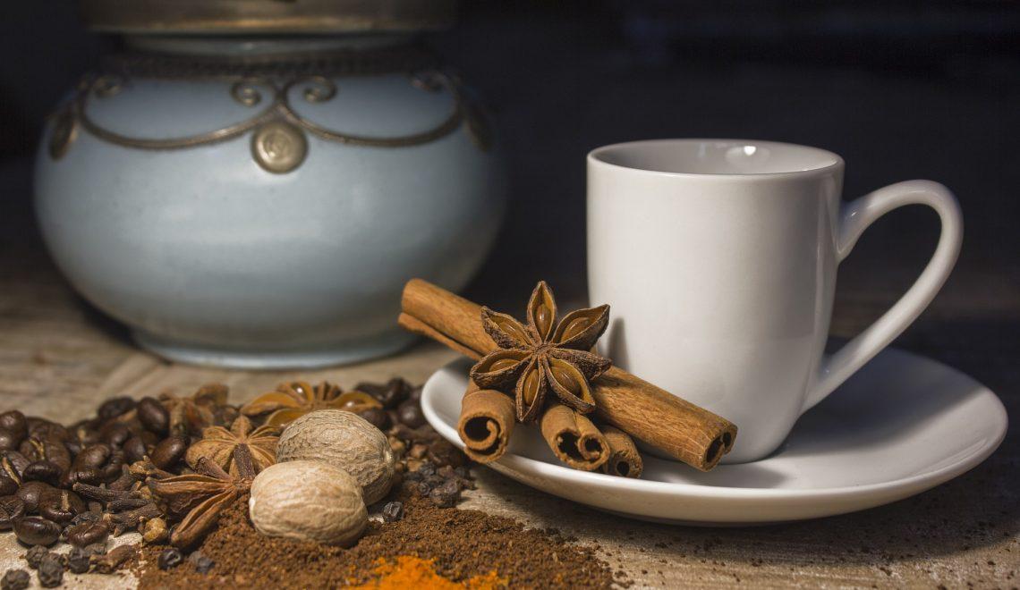 wann dürfen wir Sie willkommen heißen? Tee und Gewürze